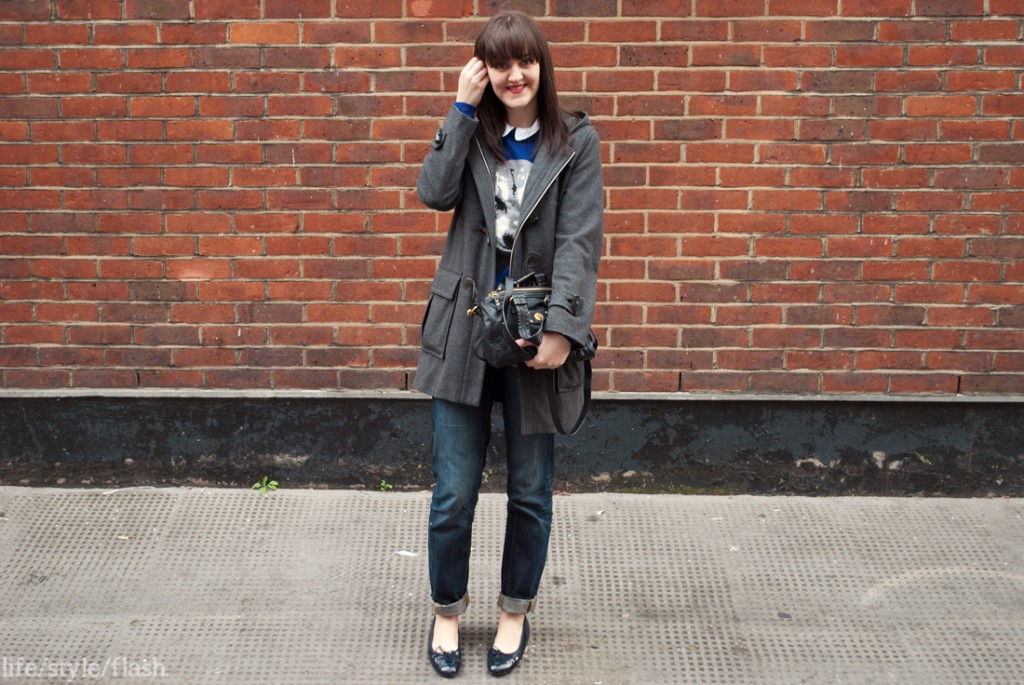 Duffle coat and boyfriend jeans outfit
