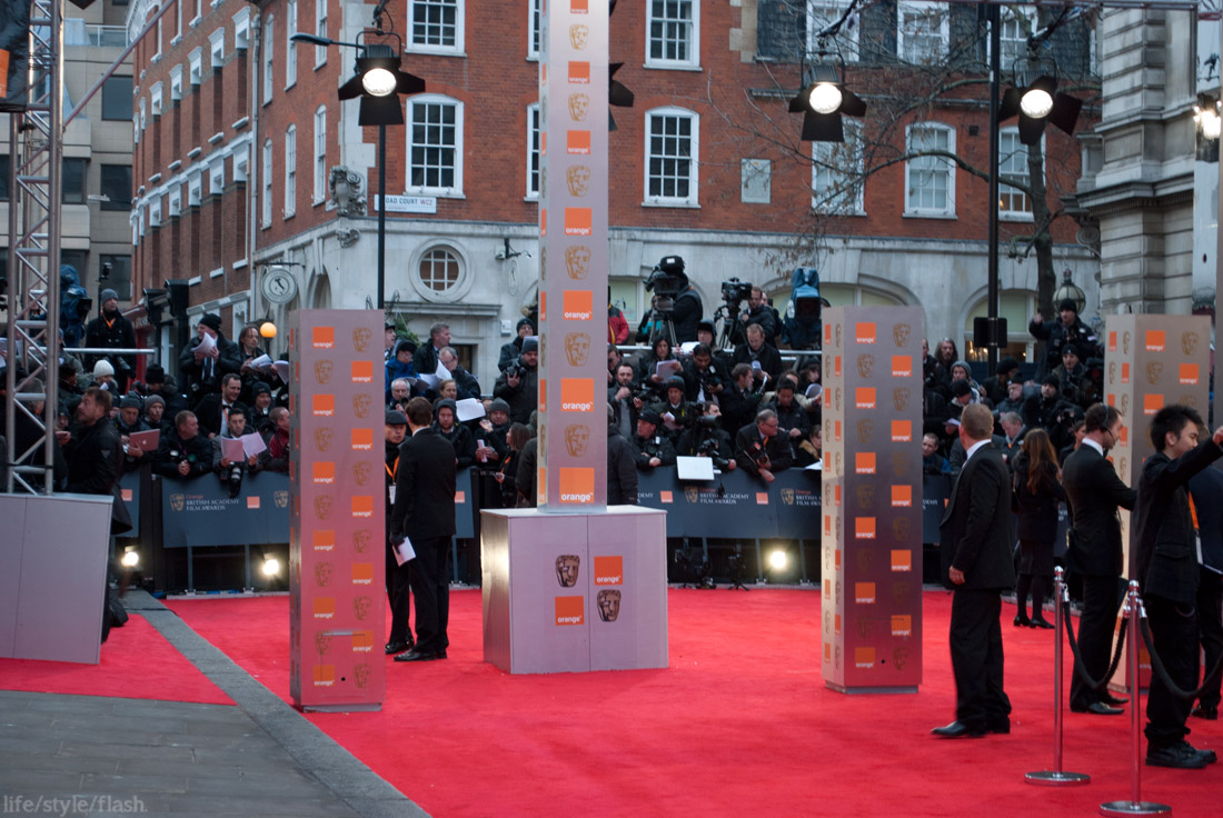 BAFTA awards 2012 - red carpet press pen