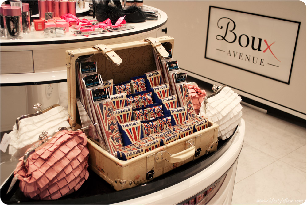 Boux Avenue Westfield London - tissues, nail files and accessories