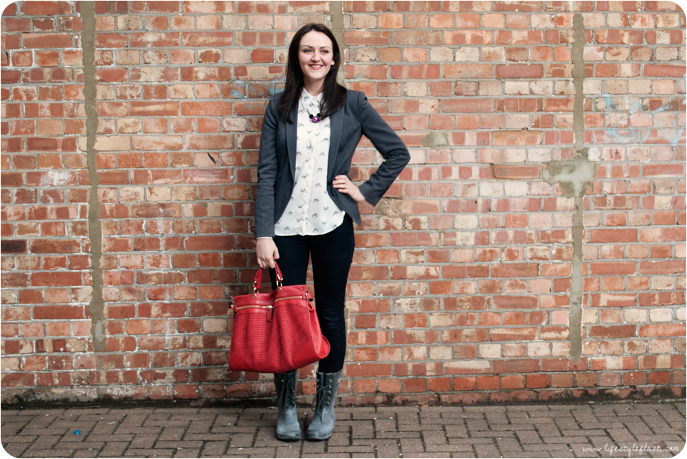 Outfit: Zara blouse and blazer, Hunter wellies, Primark jeans, Mawi for Minnie necklace, Edina Ronay bag