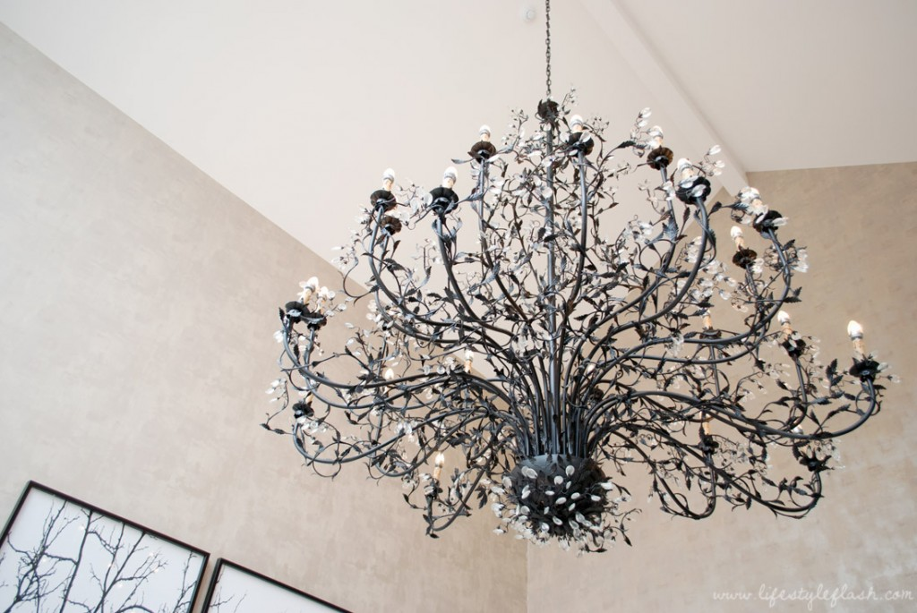 Llawnroc hotel, Cornwall: chandelier in the lobby