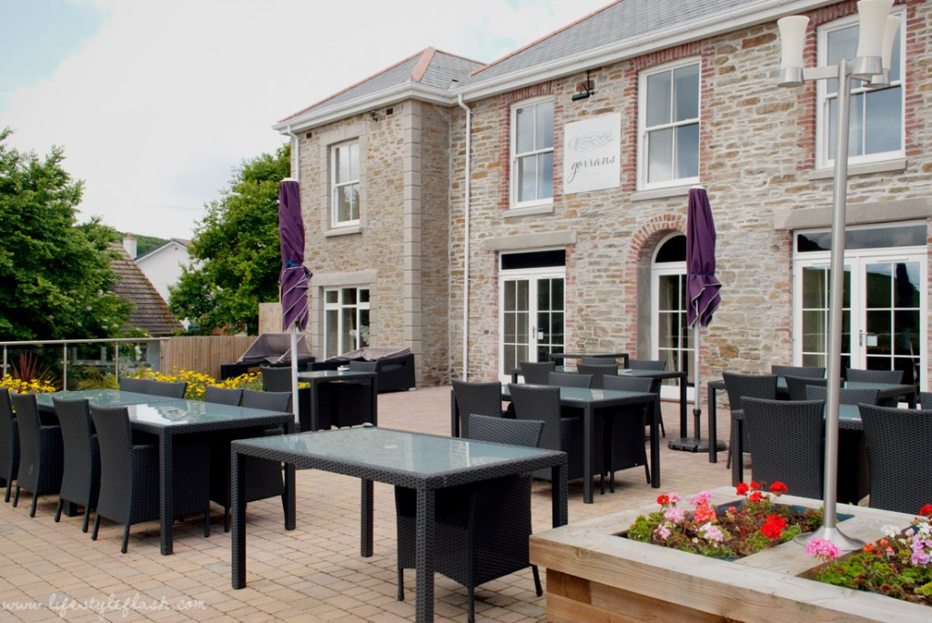 Llawnroc hotel, Cornwall: outdoor terrace