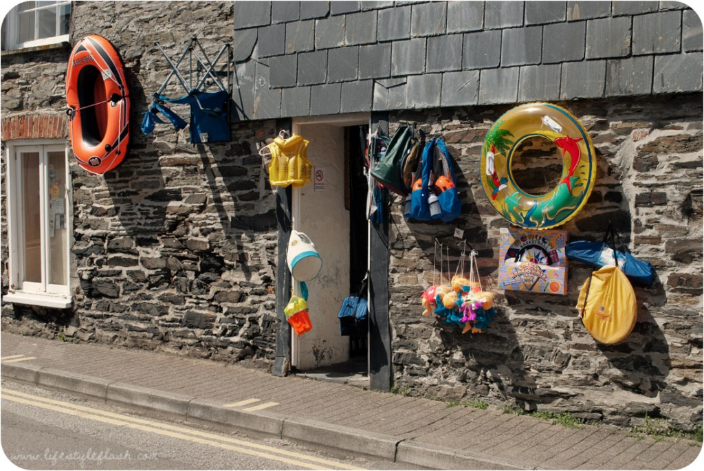 Cornwall: Padstow beach shop