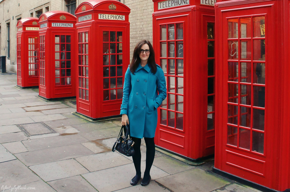 Wearing REISS bright wool coat and Firmoo geek glasses