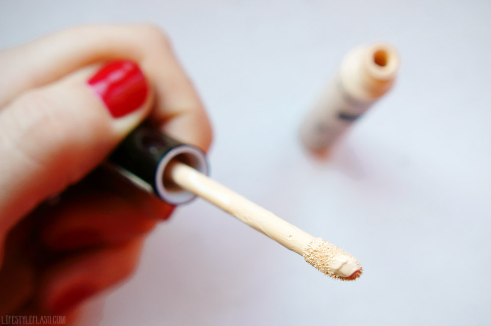 Collection Lasting Perfection Concealer in Fair (01)
