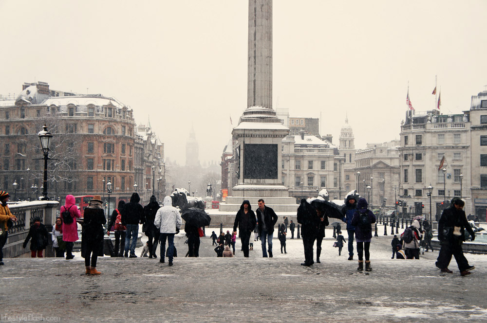 London's Trafalgar Square in the snow